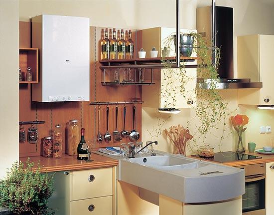 Дизайн кухни с настенным котлом