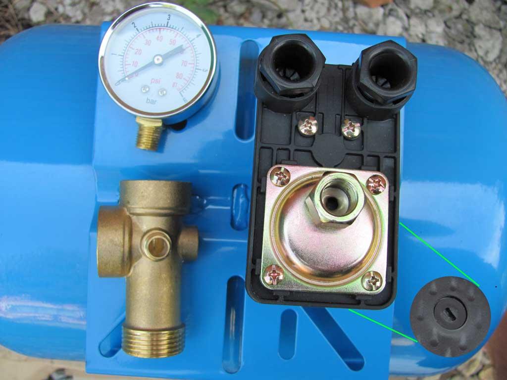 Комплект для подачи воды и замера давления