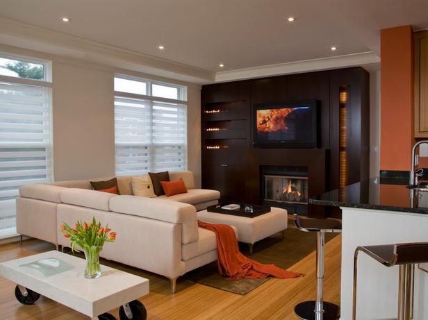 Дизайн гостиной телевизор и диваны