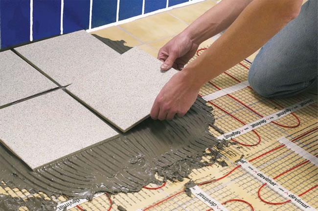 Если вы к примеру решили выложить на полу узор из керамической плитки разных цветов, для начала советуем сделать...